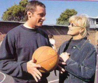Last viewed - CORRELLIPROMO-003 - Hugh Jackman Fan » Photo Gallery