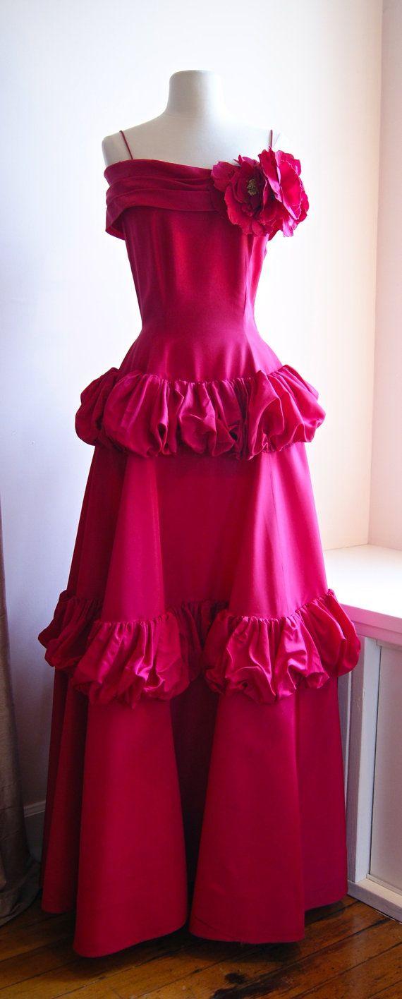 40s Evening Dress Vintage 1940s New Look Era Original By Etsy Evening Dresses Vintage Vintage Gowns Prom Dresses Vintage [ 1416 x 570 Pixel ]