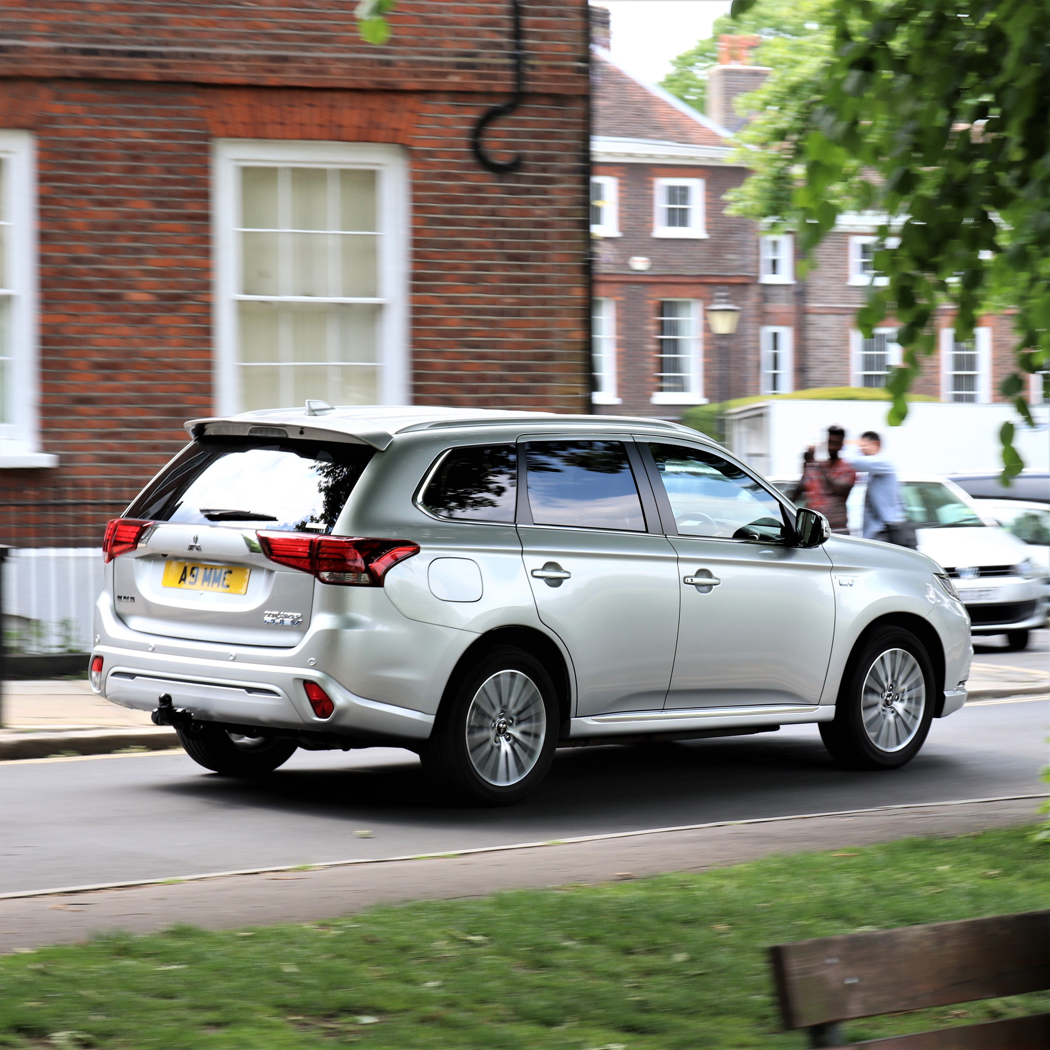Phevmythbuster 90 Of Outlander Phevs Are Charged Regularly And 97 Are Charged At Home Independent Mitsubishi Motors Mitsubishi Mitsubishi Outlander