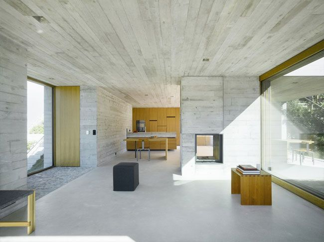 Share-Design-Concrete-House-by-Wespi-de-Meuron-04