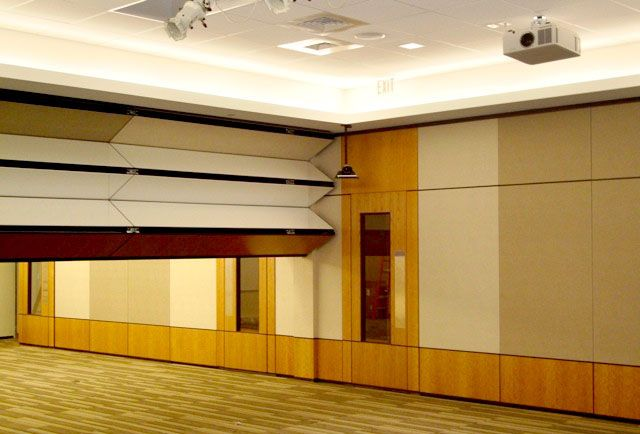 Skyfold and Modernfold together for Pass Door from Portfolio & Skyfold and Modernfold together for Pass Door from Portfolio | RSM ... pezcame.com