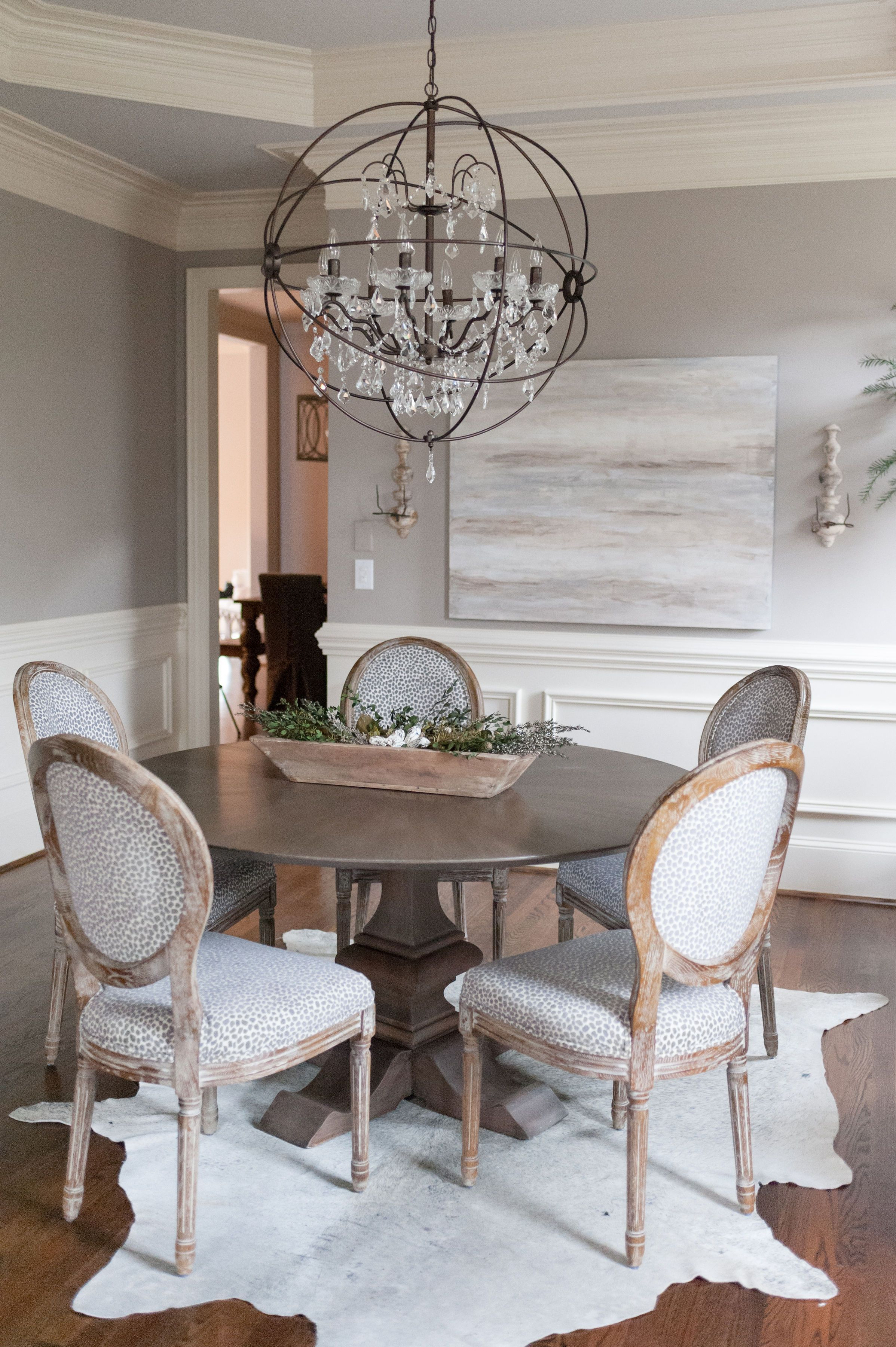 This Gorgeous Romantic Transitional Dining Room Is The Work Of Award Winning Na In 2020 Transitional Dining Room Transitional Interior Design Dining Room Inspiration