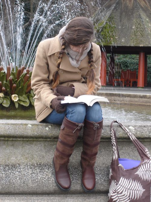reading in Dublin, Ireland  (via batgirlsbatcave-deactivated2012)