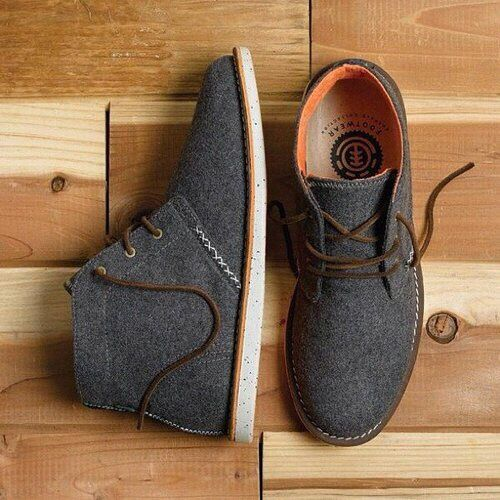 Fashion Men's Shoes on the Internet. Chukka Boots. #menfashion #menshoes #menfootwear @ http://www.pinterest.com/alfredchong/fashion-mens-shoes/