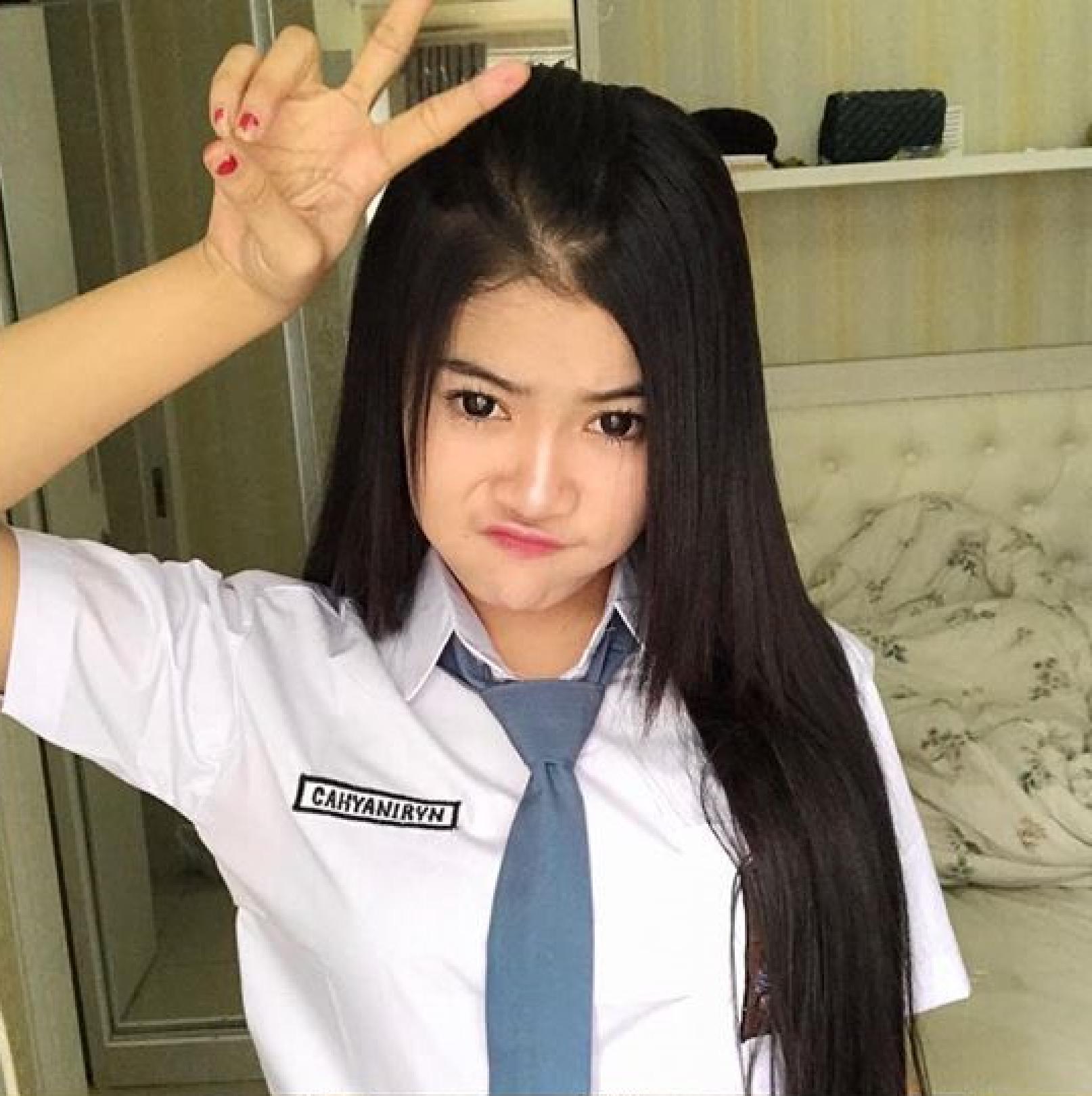 Pin Di Indonesian School Girl