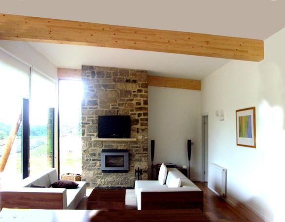 Exposed Glulam Beams ~ The exposed glulam beams are so cool handbuilt