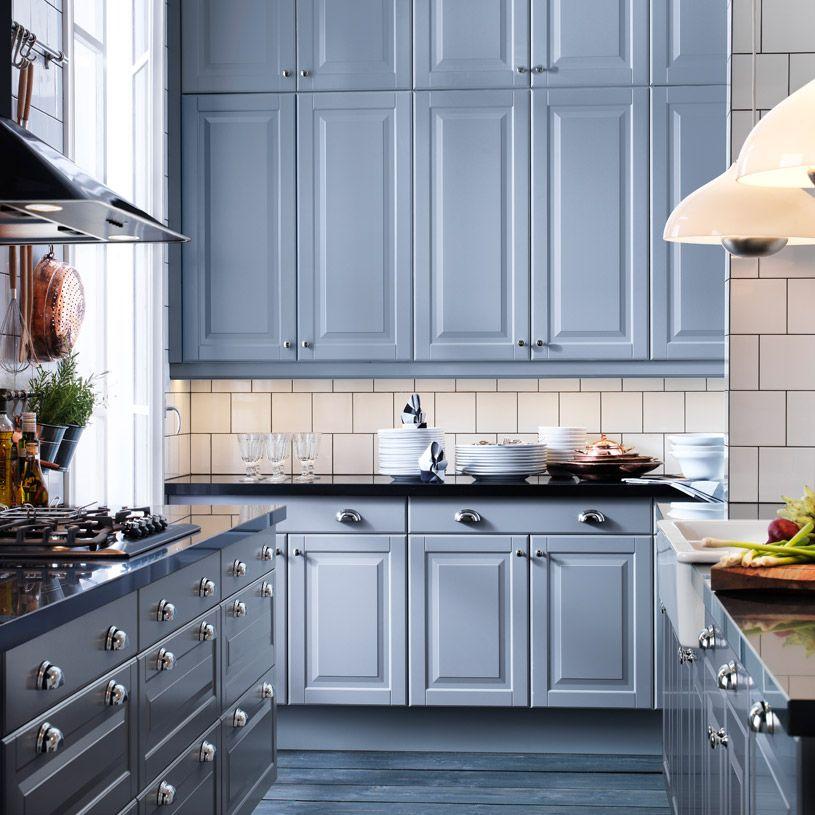 Cucina FAKTUM con ante/frontali cassetto LIDINGÖ grigi e piano di ...