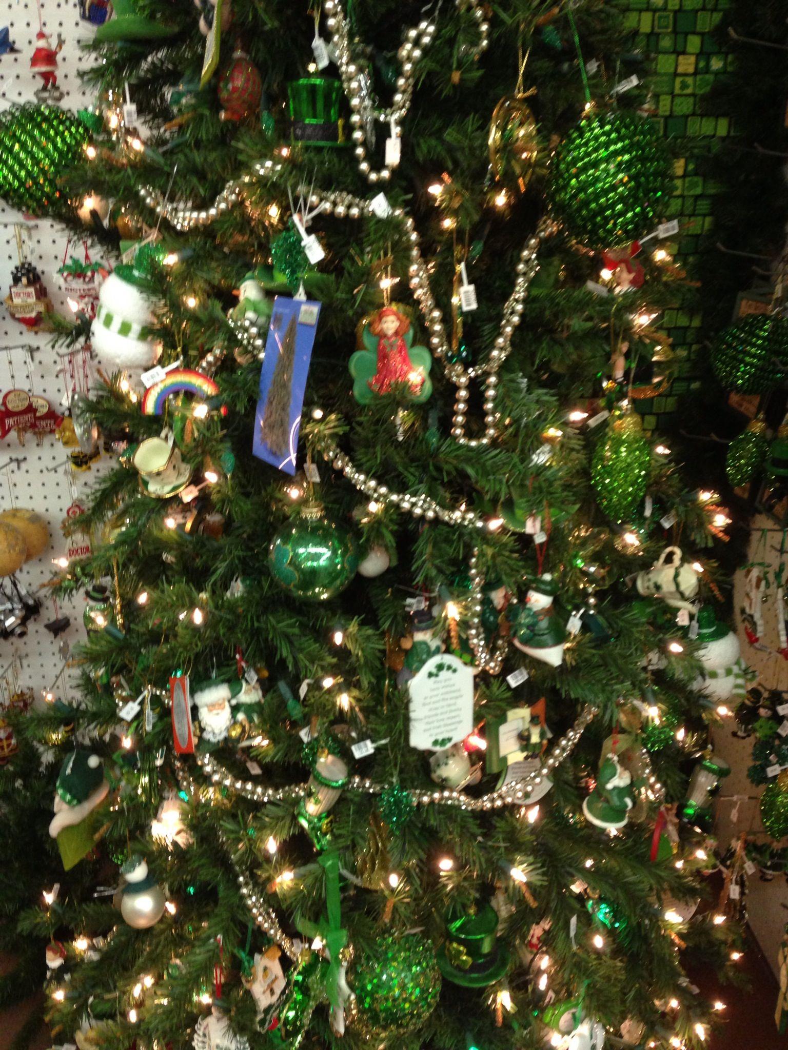 Irish tree at Christmas Mouse in Williamsburg Christmas
