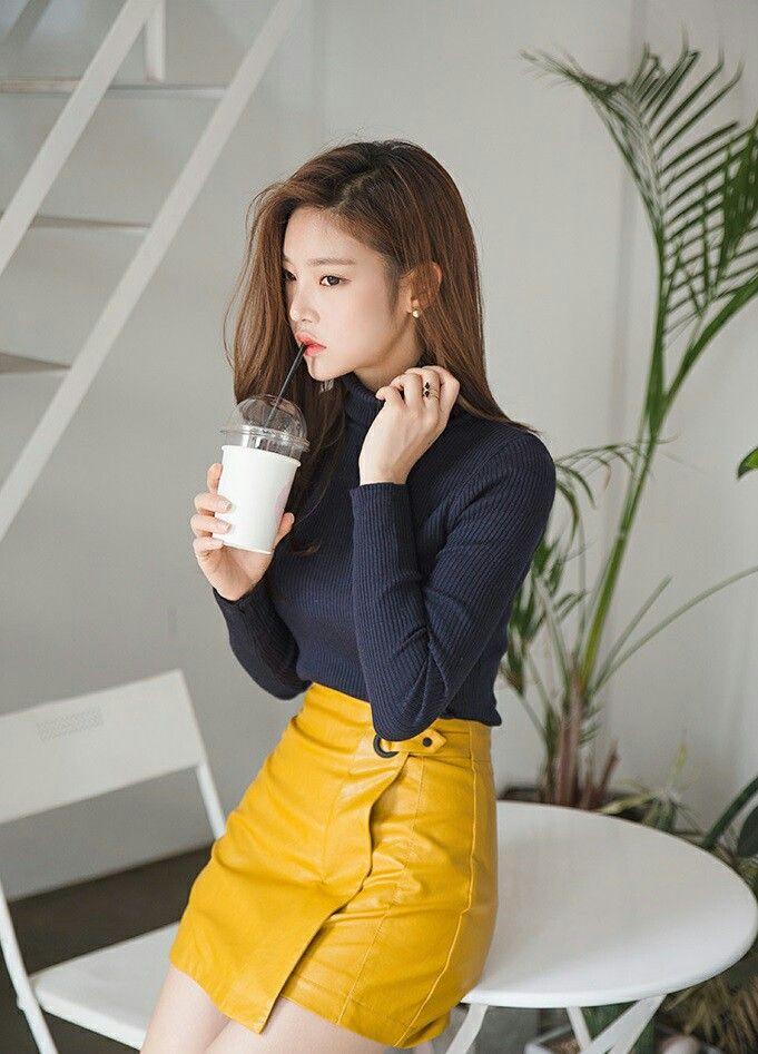 db517b24d6c0 Asymmetrical yellow leather skirt   My Style   Yellow leather skirt ...