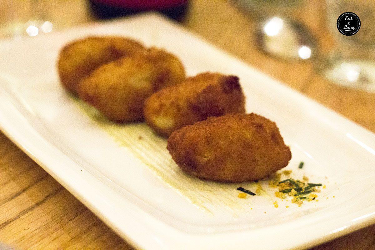 Croquetas de jamón ibérico con mayonesa de piparras - naia Bistro
