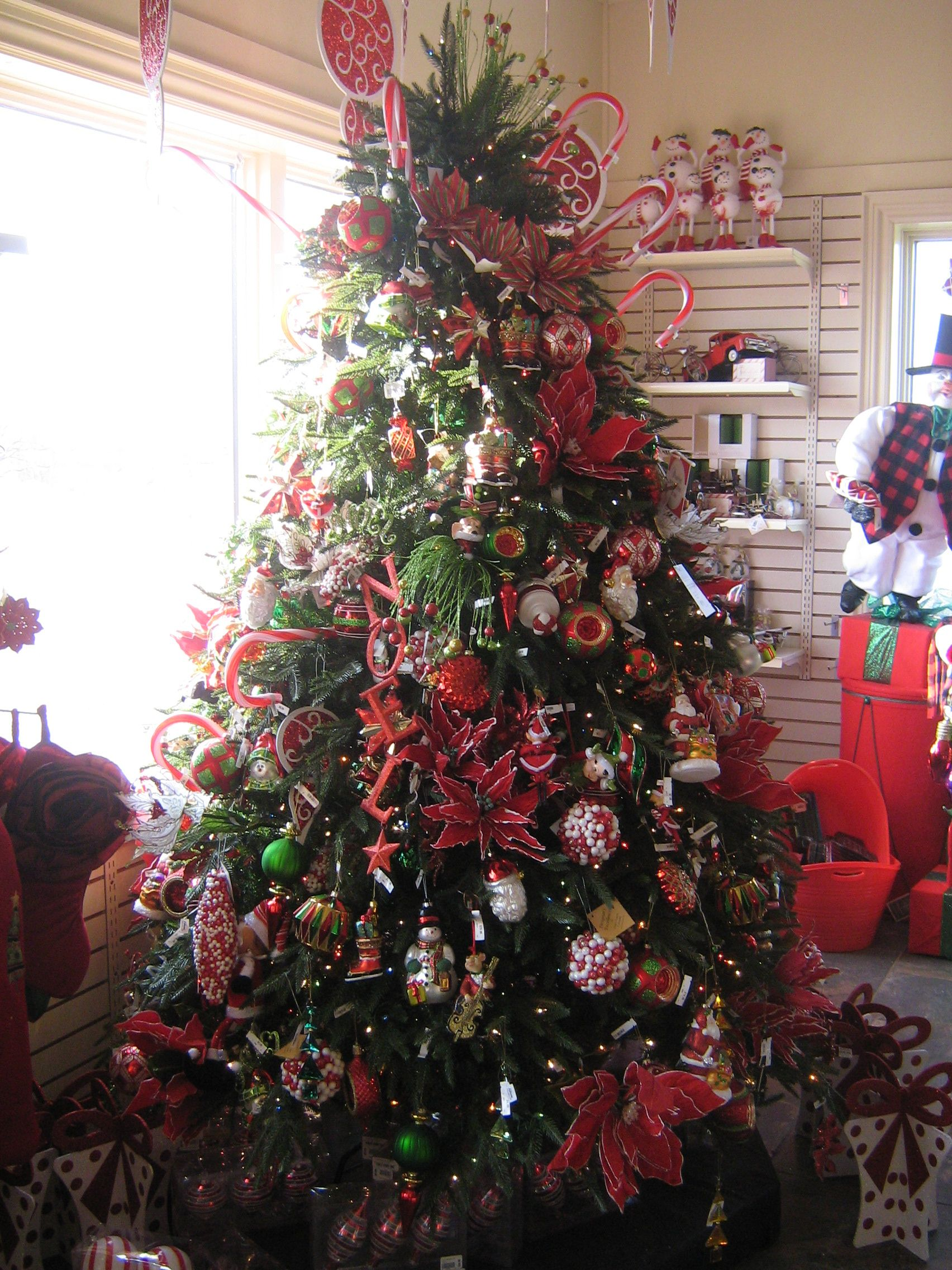 Red and Green Christmas Tree - Sheridan Nursery, Whitby, Ontario ...