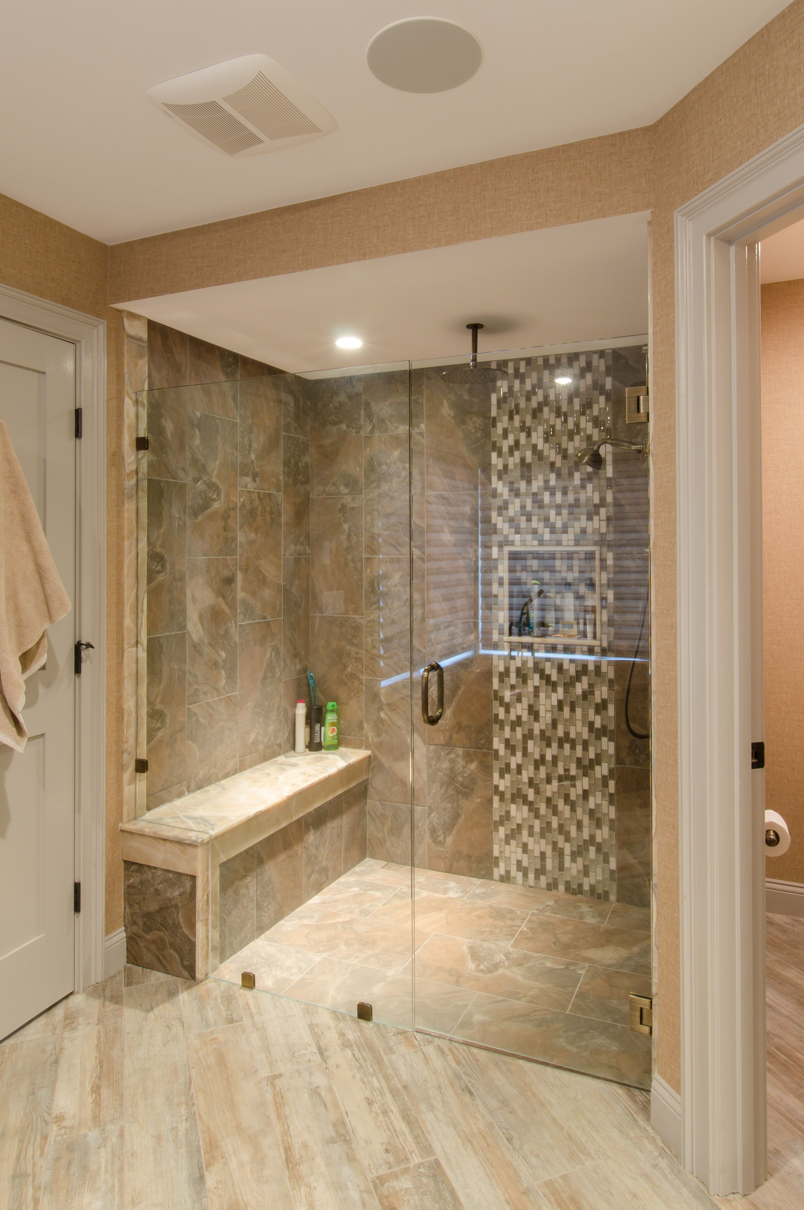 Large Shower With Custom Glass Door Large Shower Tile Shower Tile White Subway Tile Shower