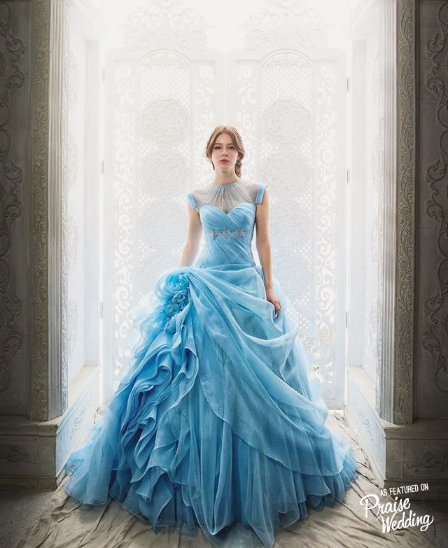 We are in a daze over this fairytale princess blue gown! | Blue gown ...