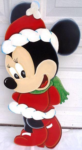 Christmas Yard Decorations  Displays Christmas Disney Style - disney christmas yard decorations