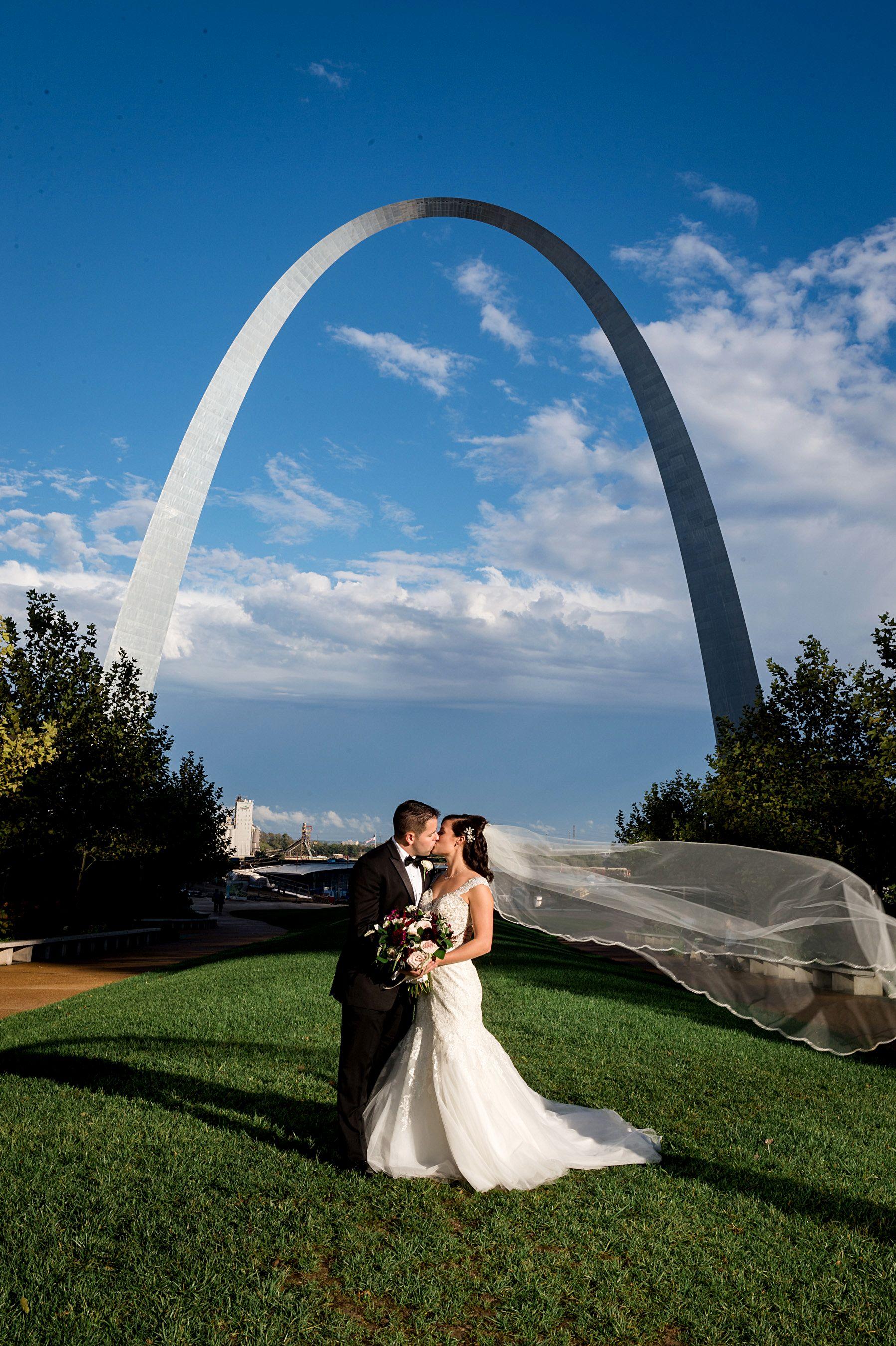 Saint Louis Wedding Photographer Caramel Room Wedding Wedding Photography St Louis Wedding Photography