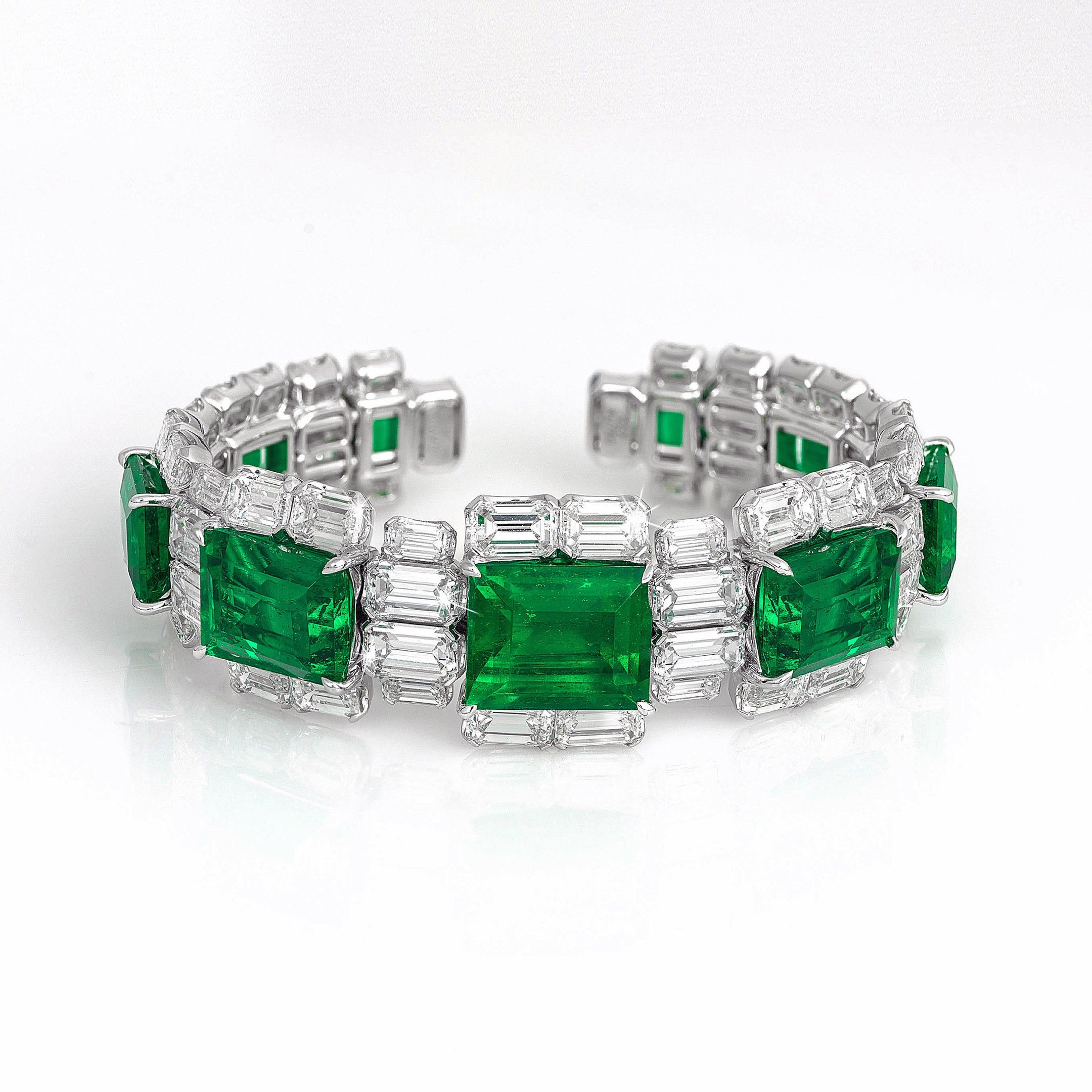 jewelers ring emerald diamond and barmakian cut products