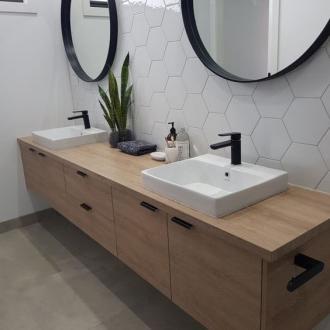 Hexagon Wit Glanzende Wandtegel 17 5 X 20 Cm Per 0 7 M2 Tegels In De Badkamers Badkamer Stijl Zeshoekige Tegel Badkamer