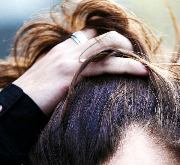 Harry Pushing His Hair Back Harry Styles Hair Harry Styles Edward Styles