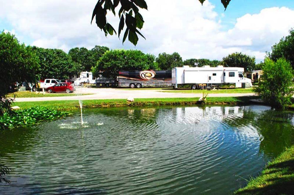 Fredericksburg Rv Park Fredericksburg Campgrounds Camping In Texas Texas Hill Country Rv Parks