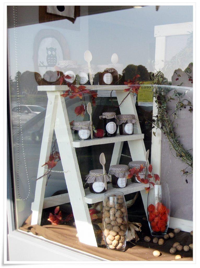 vitrine d 39 automne vitrines display boutique et retail. Black Bedroom Furniture Sets. Home Design Ideas