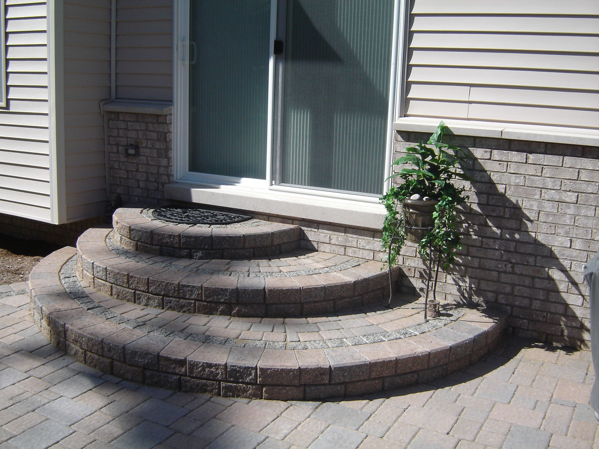 Best Brick Paver Rounded Offset Steps Very Nice Look Steps 640 x 480