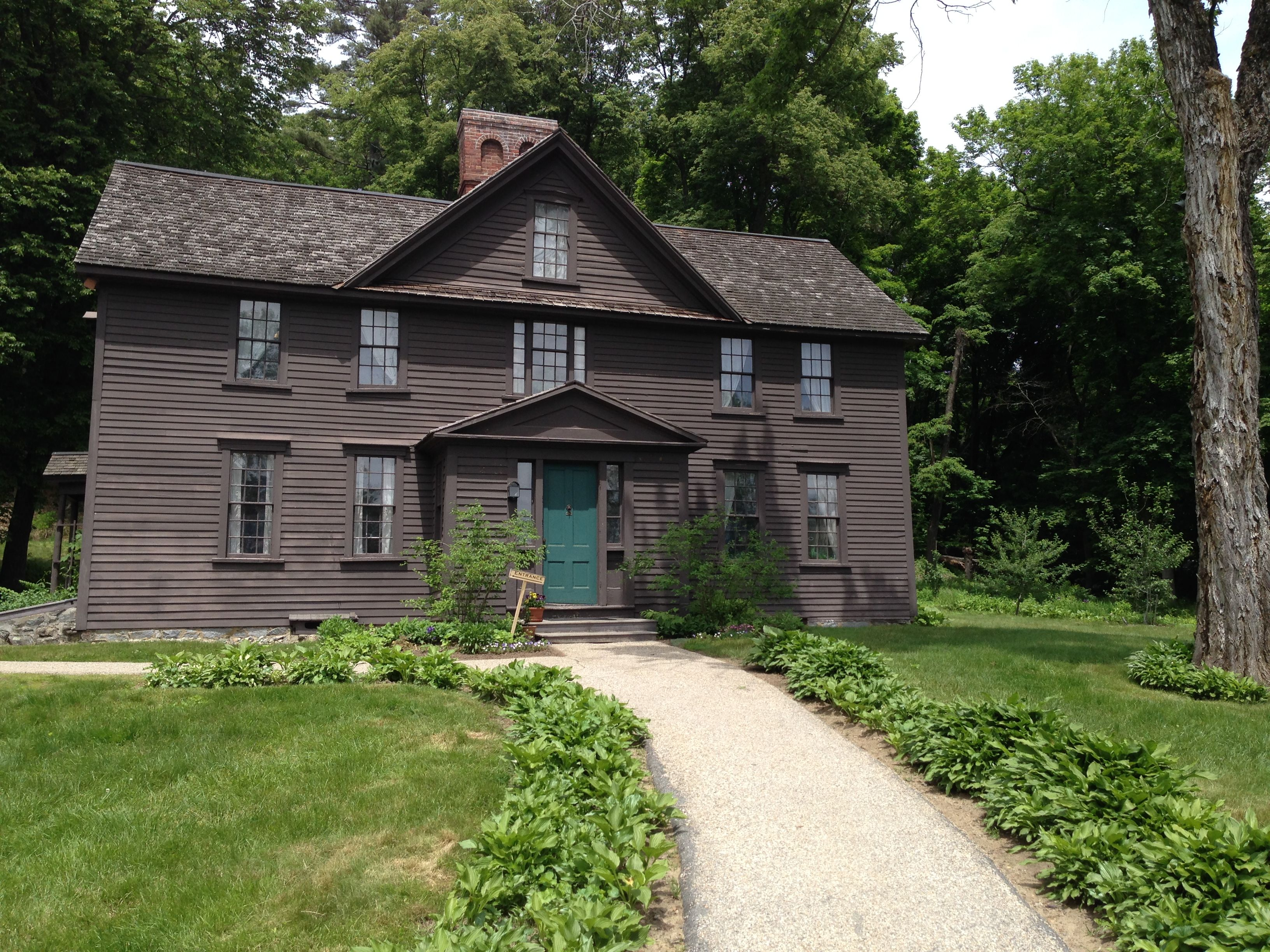 Louisa May Alcott S Orchard House In Concord Ma Colonial House