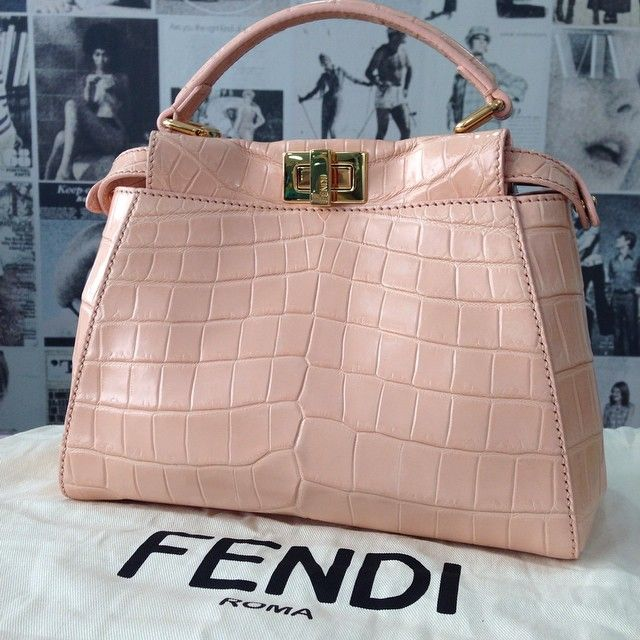 Pin On Handbags Clutches