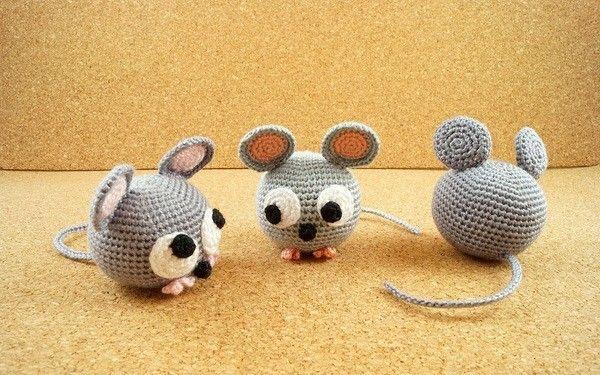 Jetzt eine süße Maus häkeln. Super als Kuscheltier, Glücksbringer ...