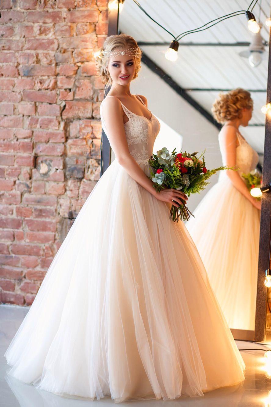 Свадебная прическа платья