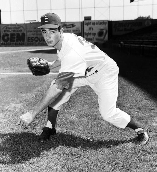 Photo of Fifty years later, Sandy Koufax still stirs up emotions of Jewish baseball fans