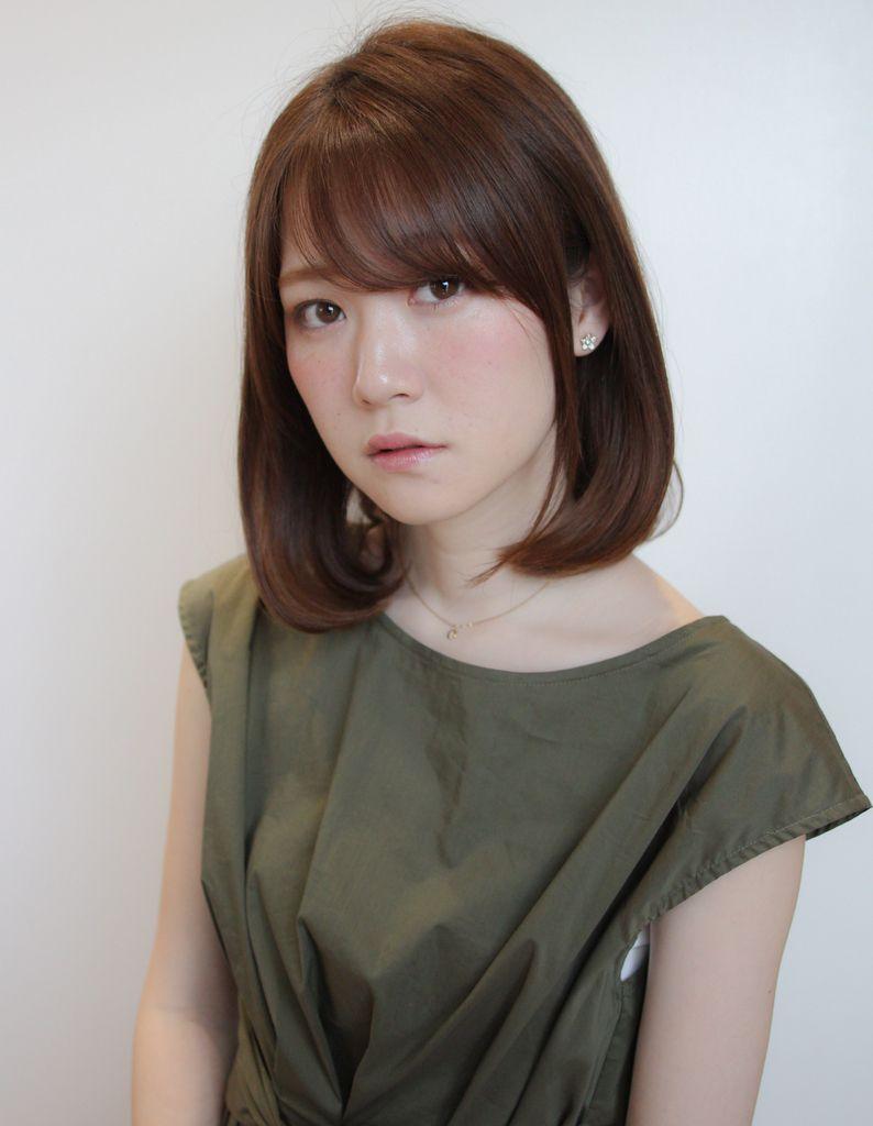 ツヤ感チョコレートブラウン Tk 128 ヘアカタログ 髪型