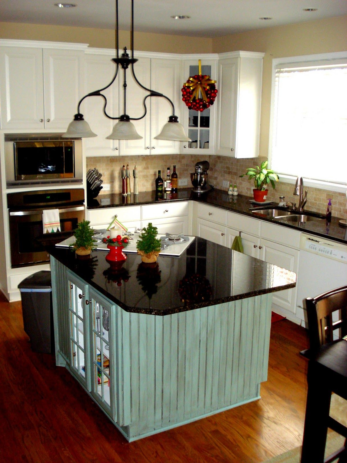 Small Kitchen With Island Stove Love The Black Countertops And Contrasting Island  Dream Home