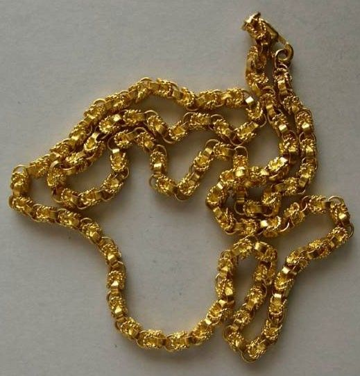 Beautiful hand woven custommade 18k Gold Chain Greek