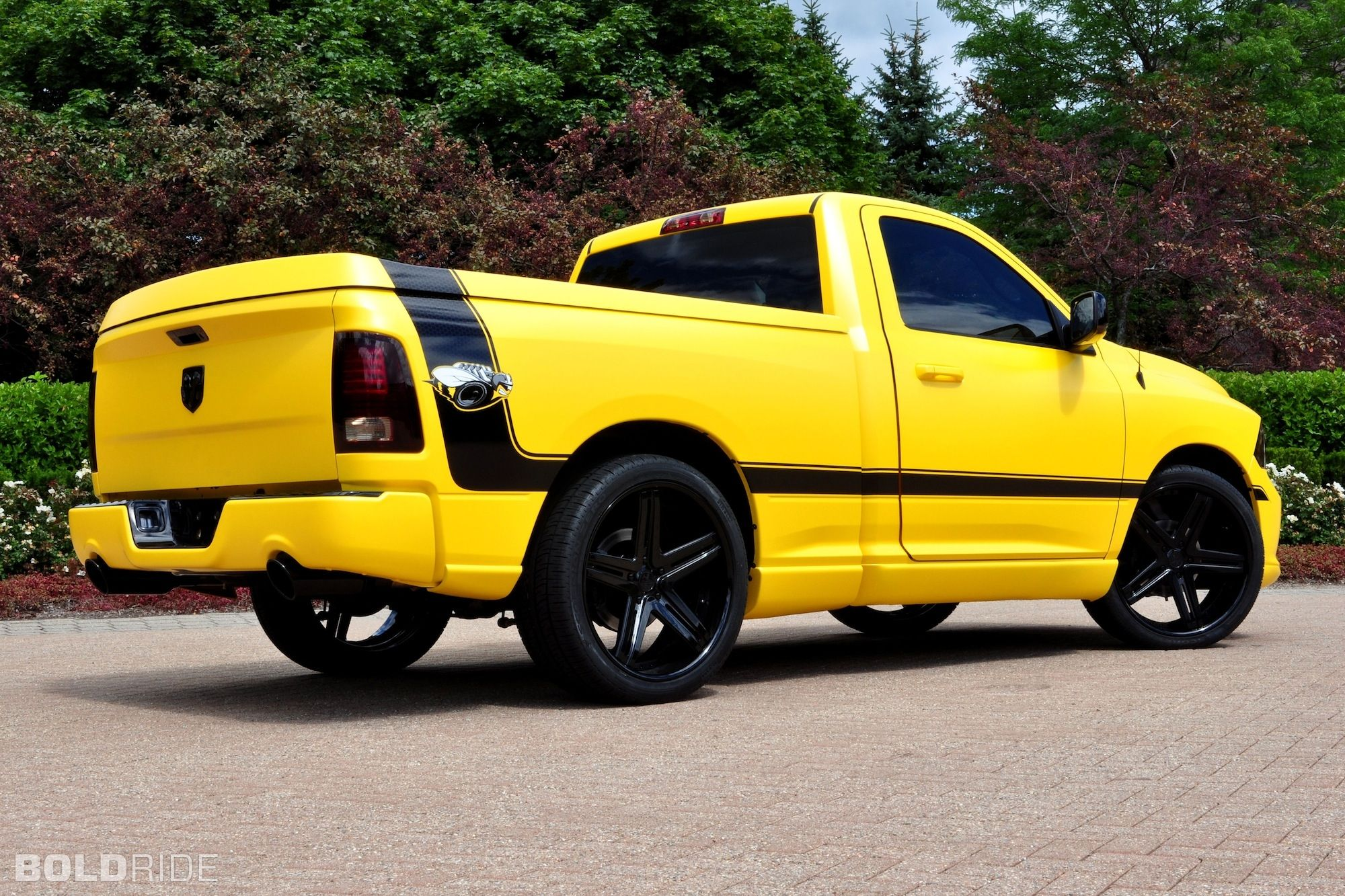 Dodge ram 1500 rumble bee muscle concept pickup