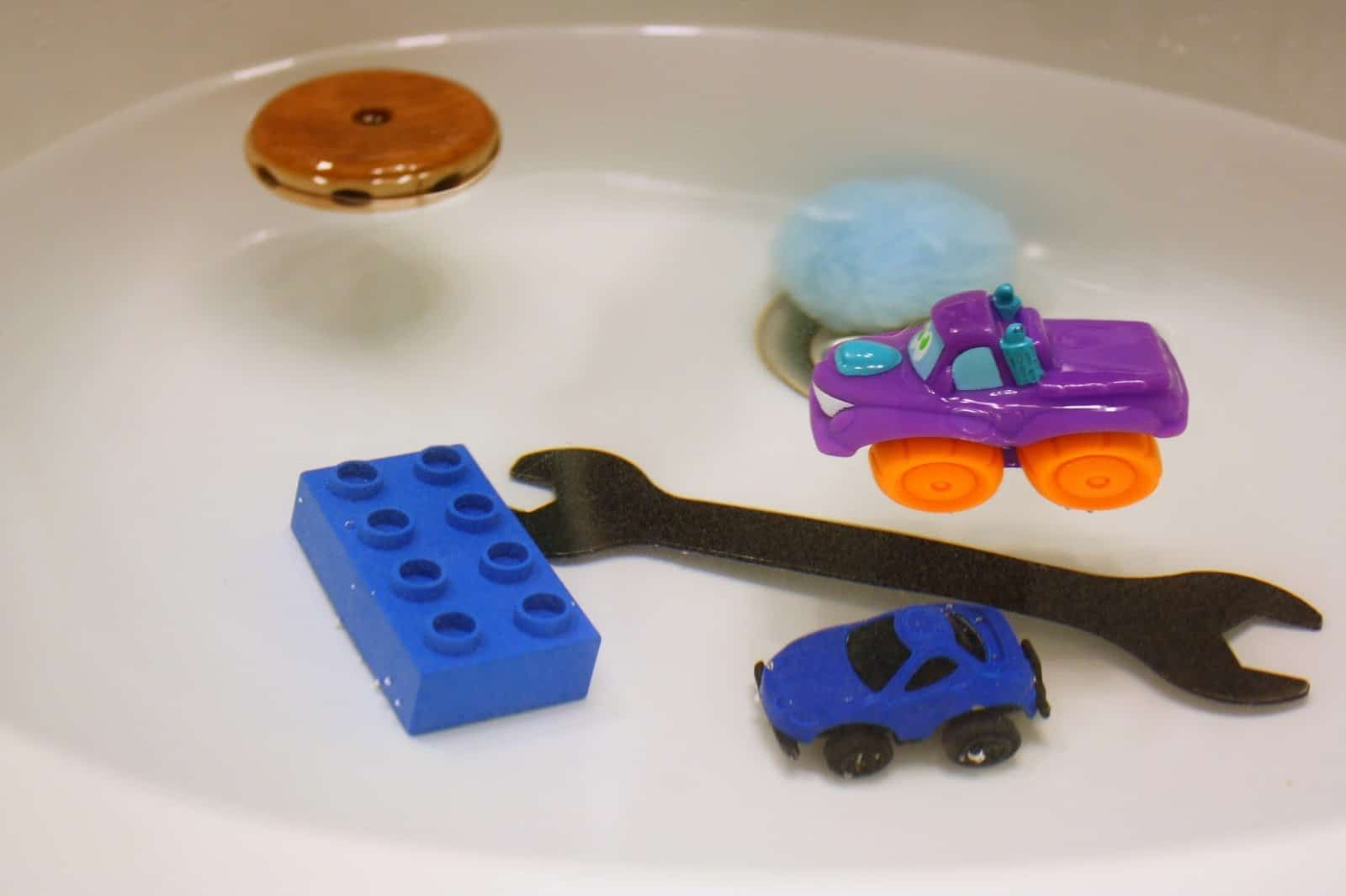 Toddler Science Activities Water Play Sink Or Float With Toys