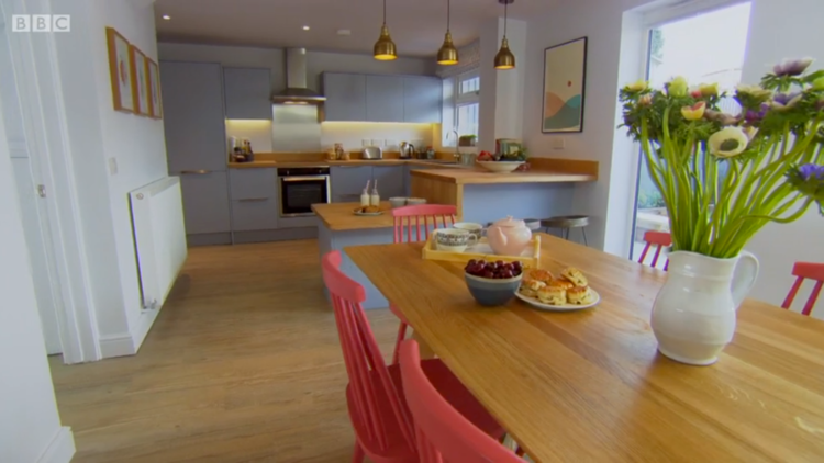 Lampshades and Prints in BBC One's 'DIY SOS Big Build