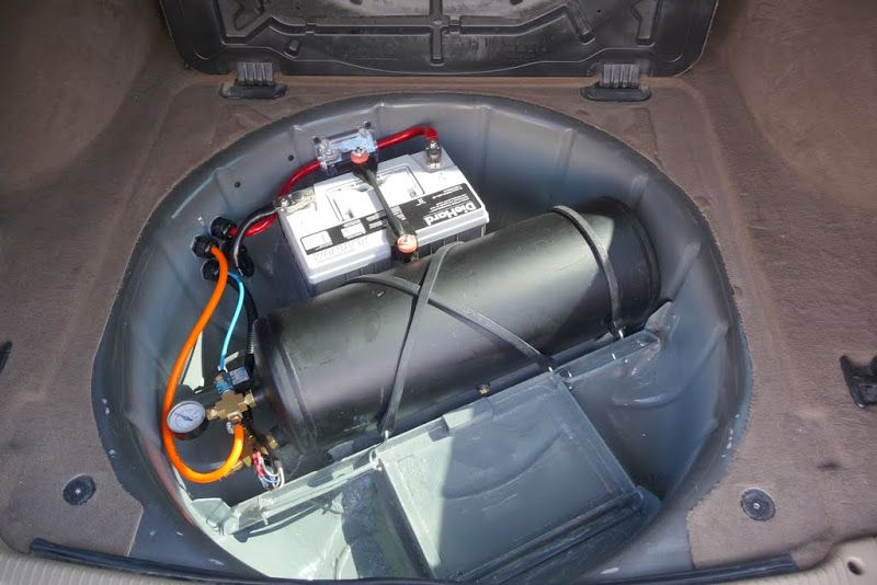on board air and dual batteries in a WJ Offroad Passport