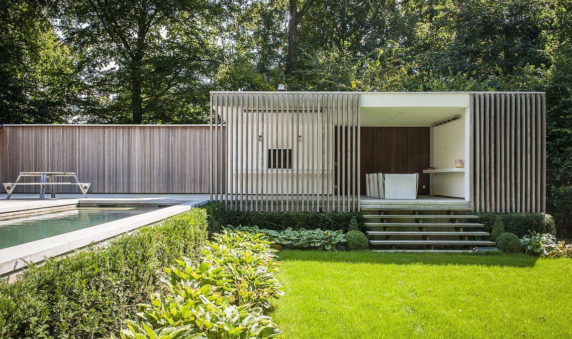 White Contemporary Poolhouse Pool Houses Modern Pool House Modern Pools