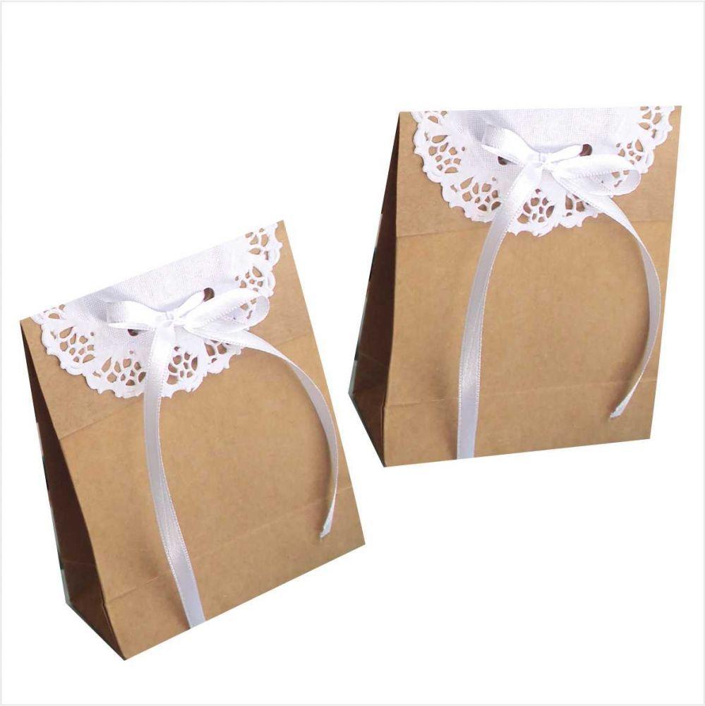 e8f987a78 Sacola mini kraft com papel rendado | care packages | Sacolas de ...