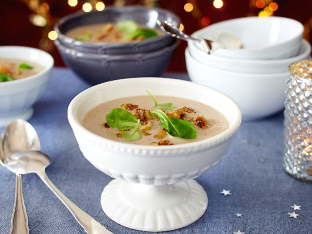 maronencremesuppe mit waln ssen rezept vorspeise pinterest suppen vorspeise und rezepte. Black Bedroom Furniture Sets. Home Design Ideas