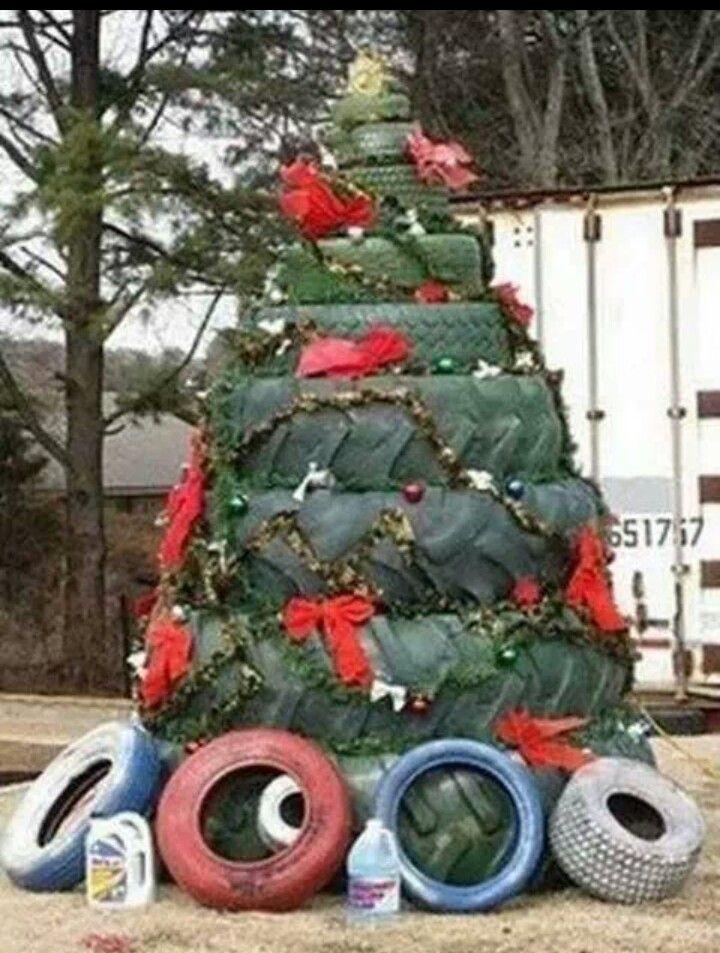 tire christmas tree idea redneck - Redneck Christmas Ideas