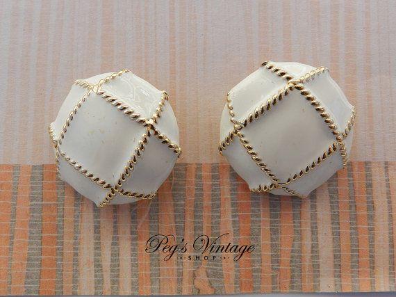 Vintage Cream Enamel Button Earrings Gold Tone by PegsVintageShop