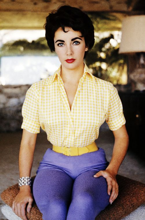 """vintagegal: """" Elizabeth Taylor photographed by Sanford Roth c. 1950's """" Wow!! now we know where Rizzo´s got her look"""
