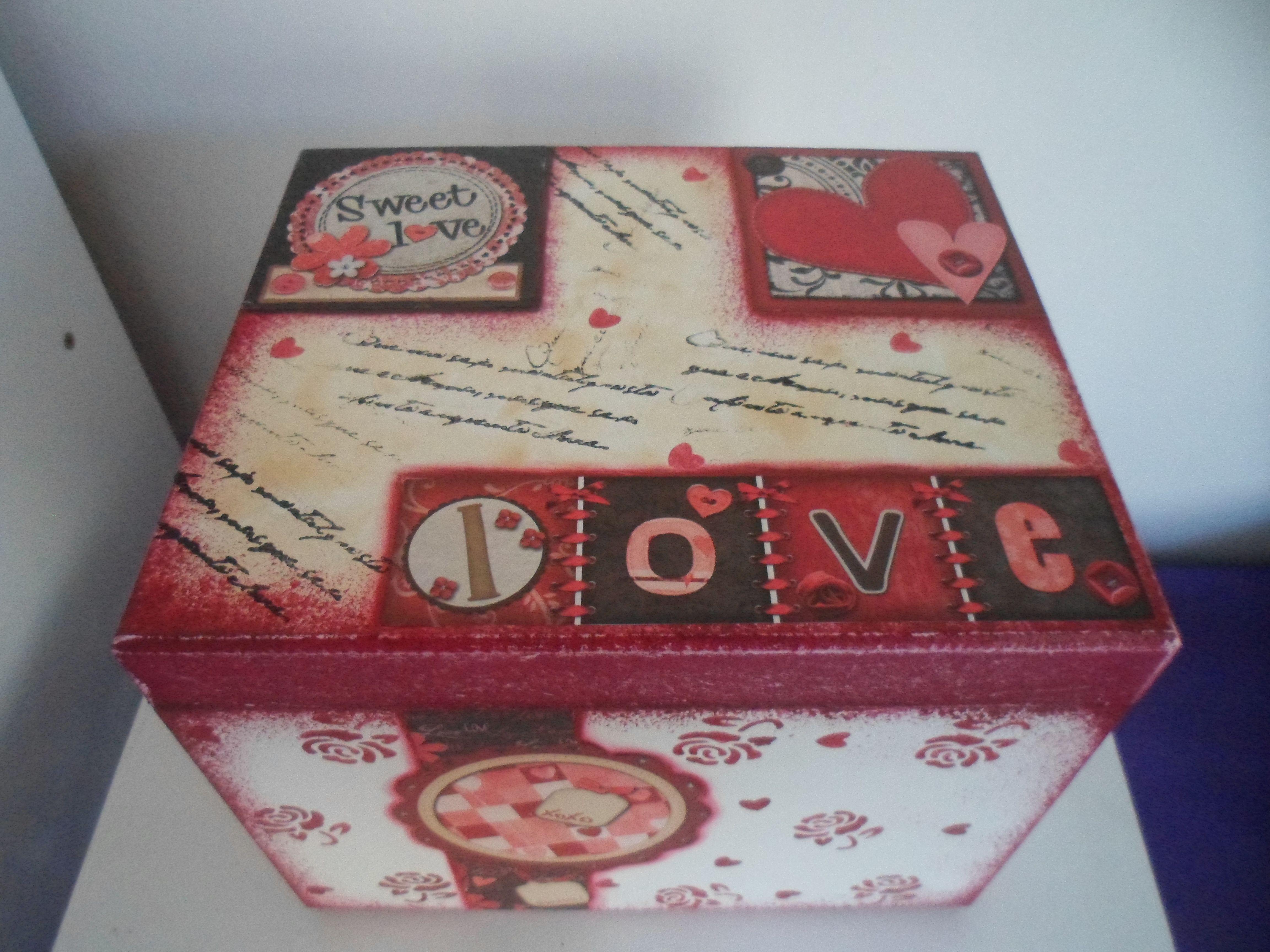 Caixa de álbum Loveeeee