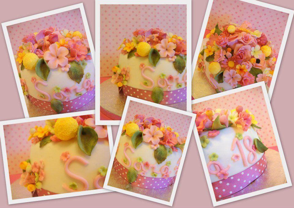 Sugarcraft flowers fondant