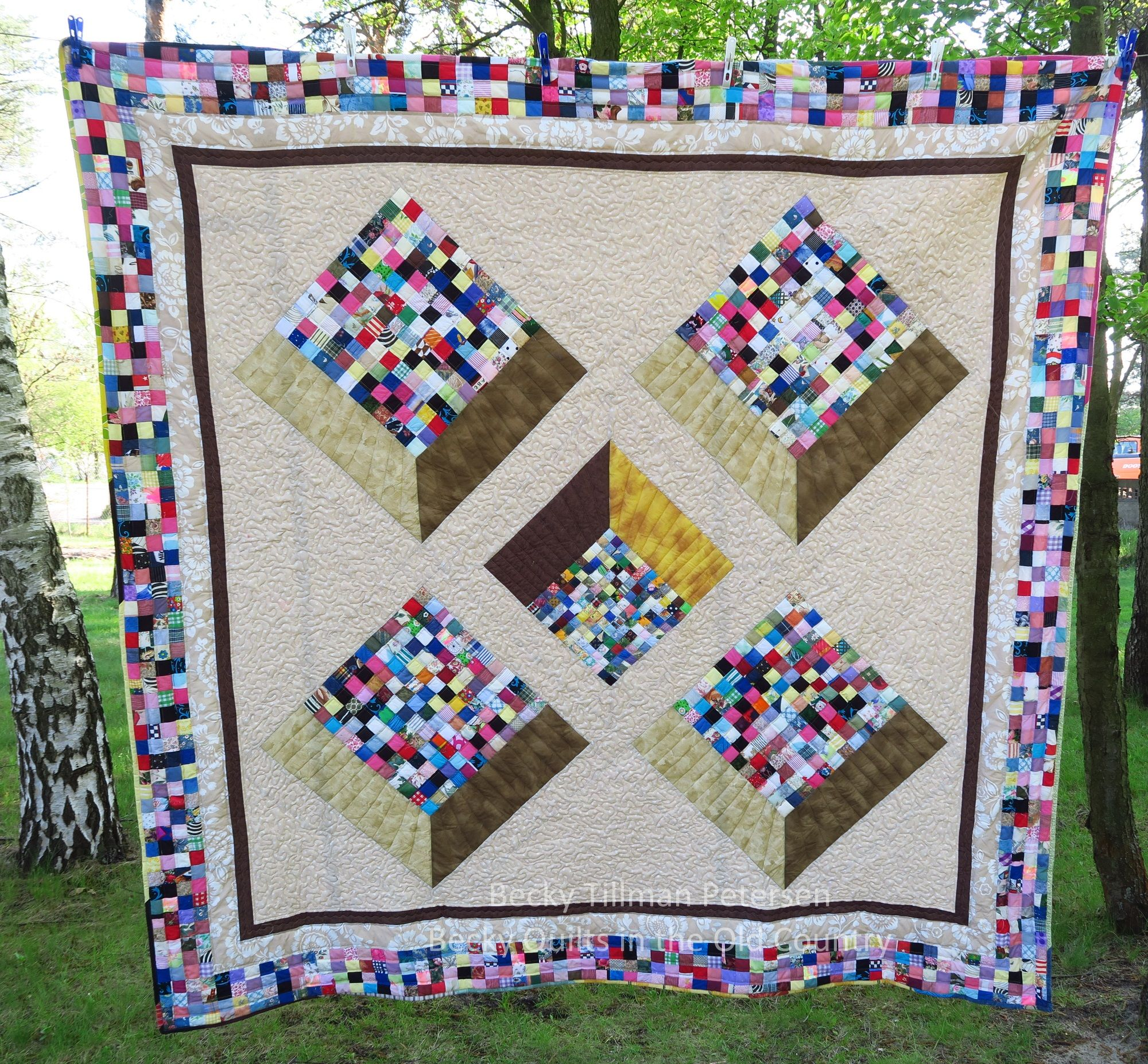 Flat Top Scry Pyramid Free Quilt Pattern Queen King Size Modern Quilting Optical Illusion Quilted Twins