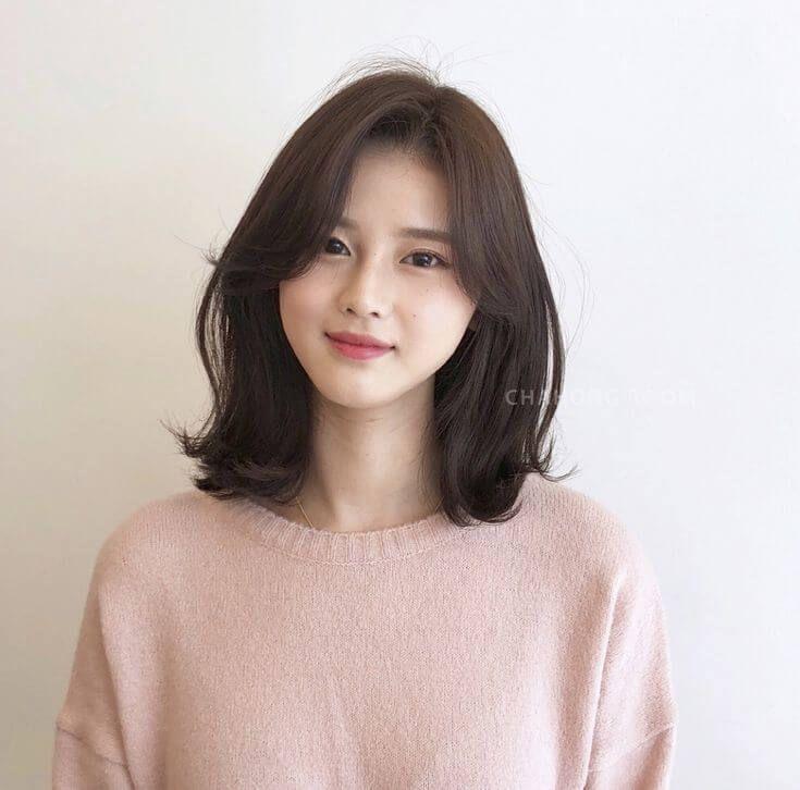 Awesome Korean Hairstyle For Round Face Female 2020 And Description Korean Short Hair Shot Hair Styles Short Hair Styles For Round Faces