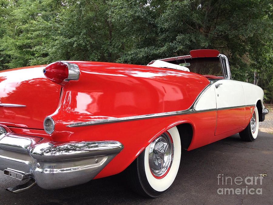 Old convertibles | ... Car - Red And White 1955 Oldsmobile ...