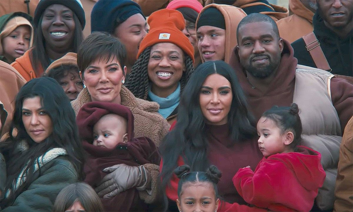 Kanye S Closed On Sunday Video More Hilarious Reader Comments