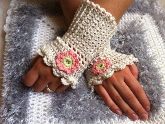 Hand warmers,handmade,handwork,hand knitted,fingerless gloves, romantic.